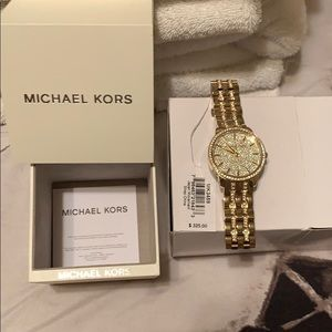 Gold Sparkling Michael Kors Watch. Like NEW!!!